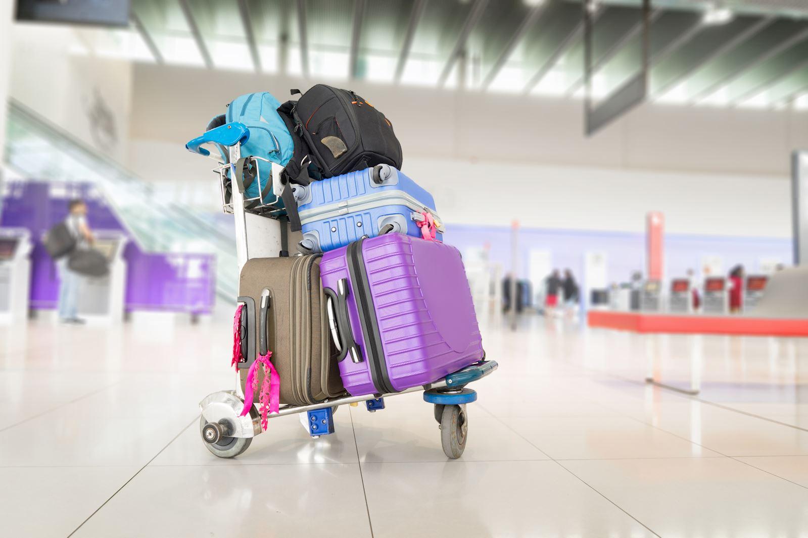 מזוודות בשדה התעופה