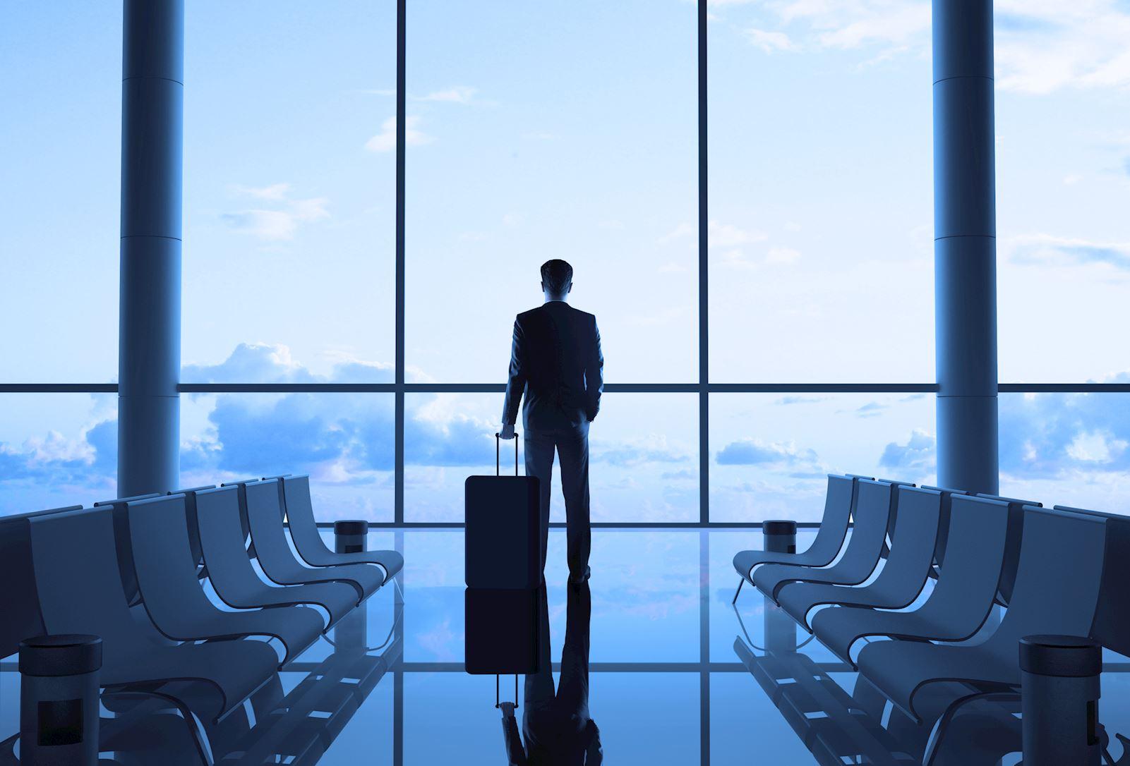 איש עסקים בשדה תעופה